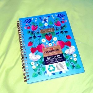 Clementine Paper inc 2021-2022 planner 🍓